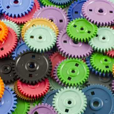 Common manufacturing processes for plastic and metal parts